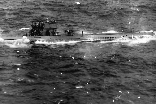 air27-1568-u-570-first-u-boat-captured-by-the-british-in-wwii-is ...