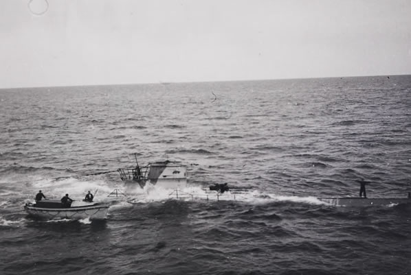 How did england manage to survive the battle of the atlantic?